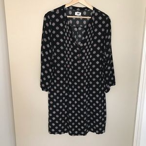 OLD NAVY vneck pleated dress with 3/4 sleeves